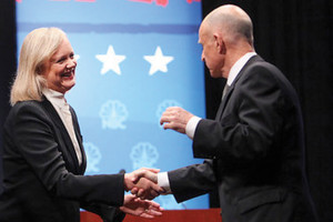 Final Gubernatorial debate stirs university audience