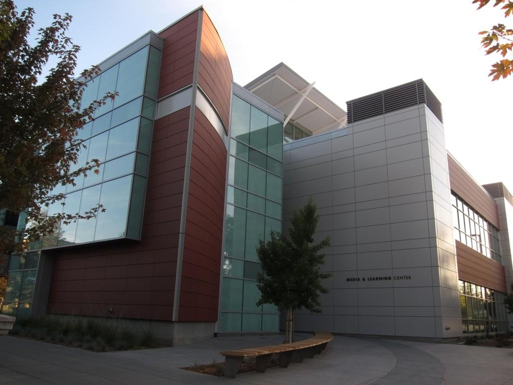 MLC - The Media and Learning Center features state of the art technology which highlights De Anza College's commitment to being eco friendly.