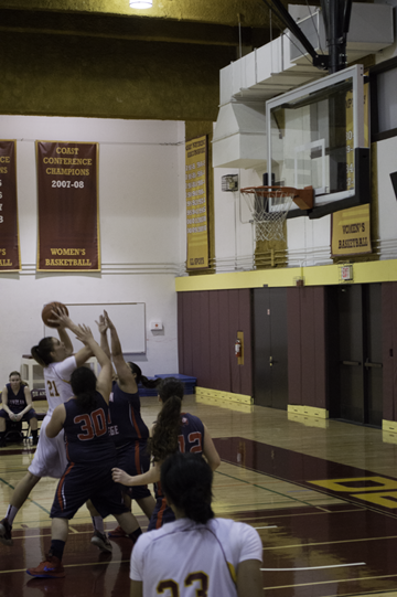 De Anza preserves late lead to beat Gavilan