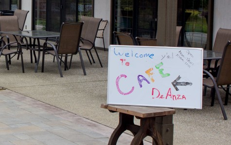 Cafe De Anza: Free coffee and a quiet place to study