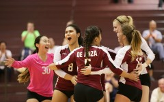 Photo story: De Anza volleyball snaps 12-game losing streak