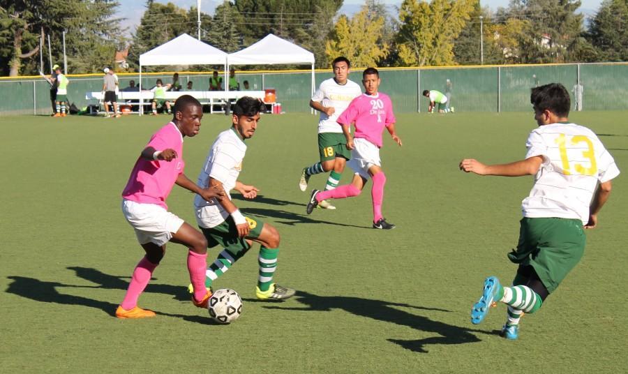 De Anza Forward Sahr Mattia maneuvers through Canada College defenders in the Dons' 2-0 win against Canada College.