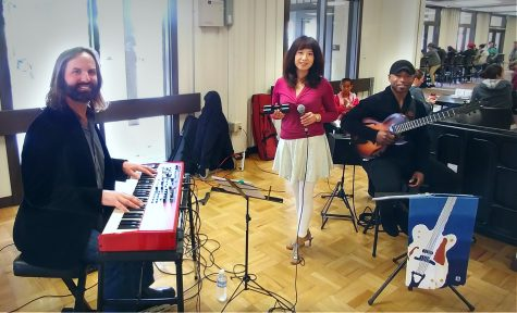 Multilingual jazz and pop welcome students to the quarter