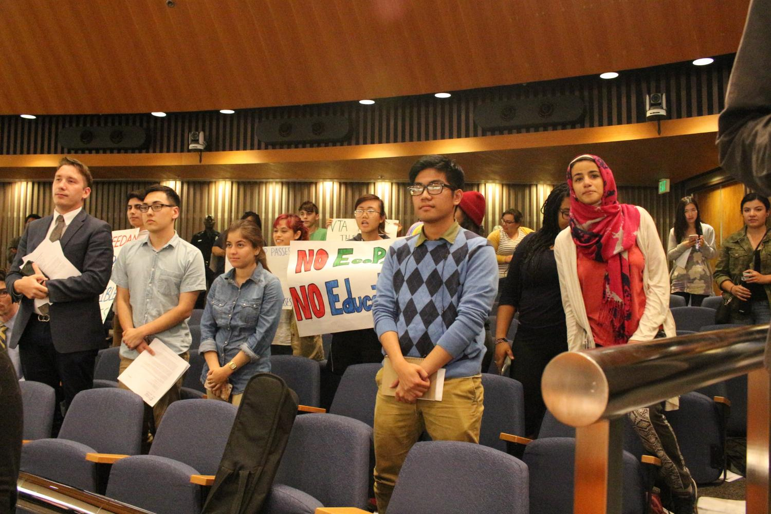 De+Anza+students+fill+up+the+VTA+board+meeting+room+with+posters+and+prepared+speeches+to+lobby+against+raising+the+Eco-Pass+fee+to+%2440.