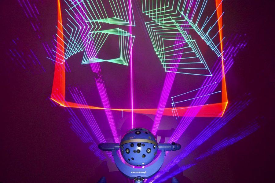 Fujitsu Planetarium launches new laser system