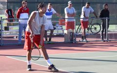 Roundup: Women's, men's tennis off to strong starts, baseball holding steady in standings