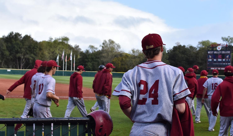 De Anza Summer 2020.Field Of Broken Dreams De Anza College Baseball Team Seeks