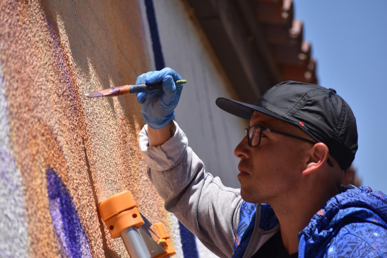 De Anza alum creates mural celebrating equity