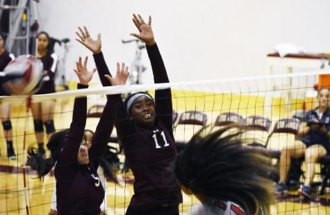 Women's volleyball win a tight game with confidence