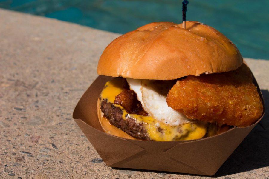 Nice+Buns%21+De+Anza+Burger+Review-Breakfast+Burger