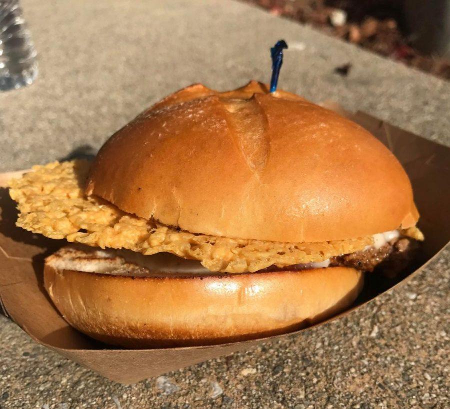 Nice Buns! De Anza burger review- Pizza Burger