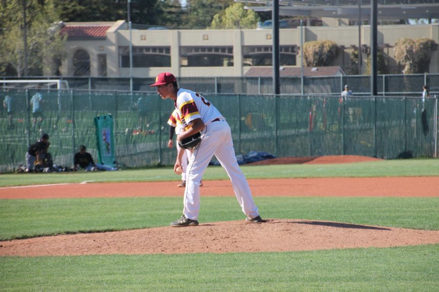 George Chapa, 20, a communications major, keeping De Anza's lead with great pitching.