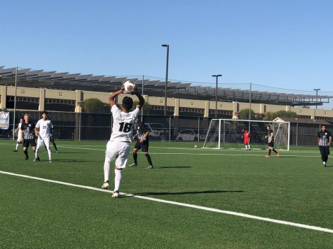 Men's soccer continues dominant run with big win over Chabot