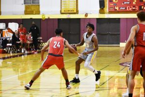 De Anza men's basketball starts year with losing record, but brings strong defense
