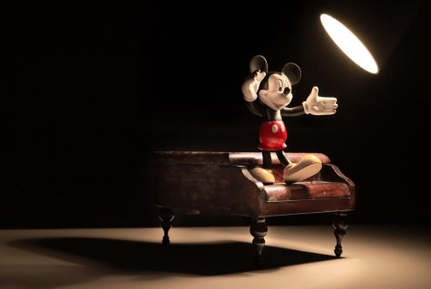 Image by Rudy and Peter Skitterians from Pixabay  https://pixabay.com/photos/mickey-spotlight-piano-miniature-1185754/