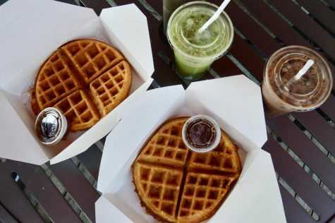 Two waffles and two beverages.