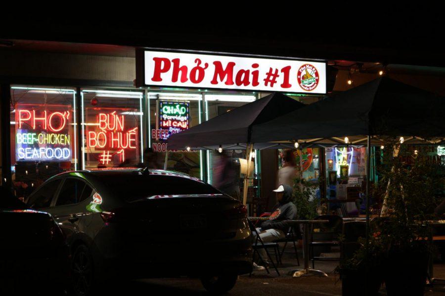 Pho+Mai+serves+both+Vietnamese+and+Filipino+cuisine.+