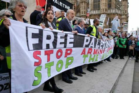 Palestinian solidarity protest outside of British Parliament on June 2018. Source: Alisdare Hickson (Wikimedia Commons)
